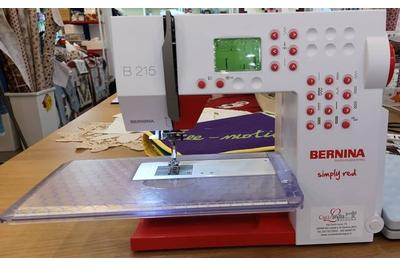Bernina 215 Simply Red -  demo di negozio